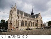 Брюссель, Бельгия. Красивый вид церкви Нотр Дам дю Саблон (Eglise Notre Dame du Sablon), XV в. (2017 год). Редакционное фото, фотограф Rokhin Valery / Фотобанк Лори