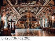 Orthodox Christian church. Interior Of the Trinity St. Sergius Lavra... Стоковое фото, фотограф Zoonar.com/Max / easy Fotostock / Фотобанк Лори