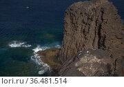 Gran Canaria, landscape of steep eroded north west coast of Galdar and Agaete municipalities, hike between villages Sardina del Norte and Puerto de Las Nieves. Стоковое фото, фотограф Tamara Kulikova / Фотобанк Лори