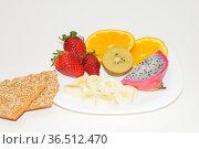Obst, Knäckebrot, gesund, lebensmittel, frucht, früchte, banane, apfelsine... Стоковое фото, фотограф Zoonar.com/Volker Rauch / easy Fotostock / Фотобанк Лори
