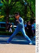 TOKYO, JAPAN - JUNE 26, 2016: Rockabilly dancing male in vintage ... Стоковое фото, фотограф Zoonar.com/Pius Lee / age Fotostock / Фотобанк Лори