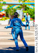 TOKYO, JAPAN - JUNE 26, 2016: Rear of rockabilly dancing man in full... Стоковое фото, фотограф Zoonar.com/Pius Lee / age Fotostock / Фотобанк Лори