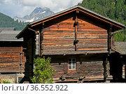 Walliser Chalets, hinten Gipfel Ofenhorn, Binn, Binntal, Wallis, ... Стоковое фото, фотограф Zoonar.com/Pant / age Fotostock / Фотобанк Лори