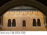 Ornate reliefs cover arches and walls in the Nasrid Palaces of the... Стоковое фото, фотограф Frederic Soreau / age Fotostock / Фотобанк Лори