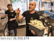 Stockholm, Sweden A home made ice cream store in the Gubbangen suburb... Редакционное фото, фотограф A. Farnsworth / age Fotostock / Фотобанк Лори