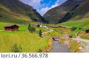 Fane Alm in den italienischen Dolomiten - Fane Alp in italian Dolomites... Стоковое фото, фотограф Zoonar.com/Liane Matrisch / easy Fotostock / Фотобанк Лори