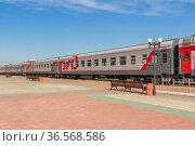Train at the railway station in the city of Biysk in Altai. Стоковое фото, фотограф Дмитрий Тищенко / Фотобанк Лори