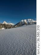 Guffert und Hoch Unnütz, Alpen, Tirol, Österreich. Стоковое фото, фотограф Zoonar.com/Günter Lenz / age Fotostock / Фотобанк Лори