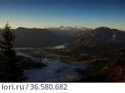 Hoher Dachstein (3004 m) vom Loser, Steiermark, Österreich   Hoher... Стоковое фото, фотограф Zoonar.com/Günter Lenz / age Fotostock / Фотобанк Лори