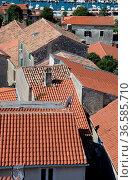 Vrsar, Kroatien, istrien, stadt, ort, ortschaft,altstadt,jachthafen... Стоковое фото, фотограф Zoonar.com/Volker Rauch / easy Fotostock / Фотобанк Лори