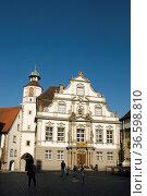 Historisches Rathaus in der Altstadt von Wangen im Allgäu, Baden-... Стоковое фото, фотограф Zoonar.com/Günter Lenz / age Fotostock / Фотобанк Лори