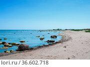 Einsamer Strand auf der Insel Öland, Schweden. / Empty beach on the... Стоковое фото, фотограф Zoonar.com/Kai Schirmer / easy Fotostock / Фотобанк Лори