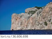 Mallorca, felsenküste, südwestküste, steil, steilküste, geologie,... Стоковое фото, фотограф Zoonar.com/Volker Rauch / easy Fotostock / Фотобанк Лори