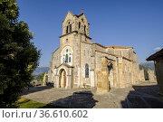 Parish Church of San Vicente Mártir and San Sebastián, Frías, Autonomous... Стоковое фото, фотограф Tolo Balaguer / age Fotostock / Фотобанк Лори