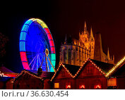 Erfurt Weihnachtsmarkt - Erfurt christmas market 23. Стоковое фото, фотограф Zoonar.com/Liane Matrisch / easy Fotostock / Фотобанк Лори