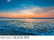 Amazing colorful sunset over sea form Bali beach. Стоковое фото, фотограф Zoonar.com/Ivan Mikhaylov / easy Fotostock / Фотобанк Лори