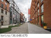 Modern architecture in the Rotermann quarter (2019 год). Редакционное фото, фотограф Юлия Белоусова / Фотобанк Лори
