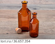 Medizinflasche - Medicine bottle. Стоковое фото, фотограф Zoonar.com/lantapix / easy Fotostock / Фотобанк Лори