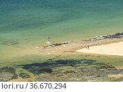 Blick vom Cap de Carteret auf den Strand von Hatainville, Barneville... Стоковое фото, фотограф Peter Schickert / age Fotostock / Фотобанк Лори