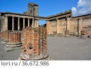 Italien, Italia, Pompeji, Säulen, Стоковое фото, фотограф Zoonar.com/Bildagentur Geduldig / easy Fotostock / Фотобанк Лори