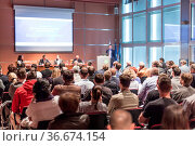 Round table discussion at Business convention and Presentation. Audience... Стоковое фото, фотограф Zoonar.com/Matej Kastelic / easy Fotostock / Фотобанк Лори