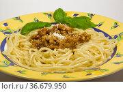 Spaghetti bolognese sind aus der italienischen und aus der europäischen... Стоковое фото, фотограф Zoonar.com/Christa Eder / easy Fotostock / Фотобанк Лори