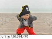The little girl is wearing a pirate costume. Стоковое фото, фотограф Ирина Аринина / Фотобанк Лори