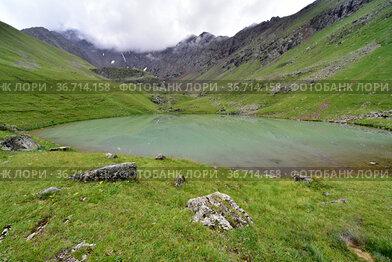 Озеро на ручье Кынгыр-Чад, Красный Карачай, КЧР