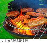 Grillen - barbecue 121. Стоковое фото, фотограф Zoonar.com/Liane Matrisch / easy Fotostock / Фотобанк Лори