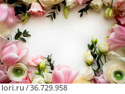 Pink and white flowers border design over the white background, top... Стоковое фото, фотограф Zoonar.com/OKSANA SHUFRYCH / easy Fotostock / Фотобанк Лори