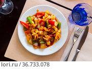 Stewed vegetables with soy sauce. Стоковое фото, фотограф Яков Филимонов / Фотобанк Лори