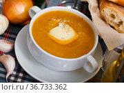 Cream soup with vegetables and soft cheese. Стоковое фото, фотограф Яков Филимонов / Фотобанк Лори