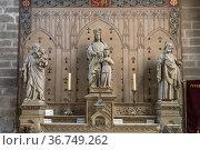 Vannes Cathedral interior, Vannes, Brittany, France. Стоковое фото, фотограф Peter Schickert / age Fotostock / Фотобанк Лори