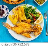 Sea food - lionfish with potatoes. Стоковое фото, фотограф Яков Филимонов / Фотобанк Лори