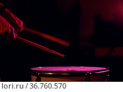 Close up drum sticks drumming hit beat rhythm on drum surface with... Стоковое фото, фотограф Zoonar.com/Max / easy Fotostock / Фотобанк Лори