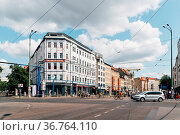 Berlin, Germany - July 27, 2019: Street view in Rosenthaler Platz... Стоковое фото, фотограф Zoonar.com/@jjfarquitectos / age Fotostock / Фотобанк Лори