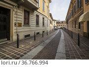 Cityscape, Via Carlo Alberto. The architecture of Monza, Lombardy... Стоковое фото, фотограф Arthur S. Ruffino / age Fotostock / Фотобанк Лори