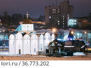 Vitebsk, Belarus. Winter View Of Church Of Annunciation And Wooden... Стоковое фото, фотограф Ryhor Bruyeu / easy Fotostock / Фотобанк Лори