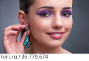 Beautiful woman with jewellery in fashion concept. Стоковое фото, фотограф Elnur / Фотобанк Лори