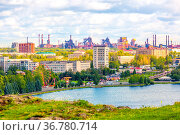 Panoramic view of Nizhny Tagil from the slope of Fox Mountain on a summer day. Редакционное фото, фотограф Акиньшин Владимир / Фотобанк Лори