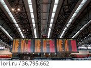 Prague, Czech Republic - March 21, 2017: Flight information panel... Стоковое фото, фотограф Zoonar.com/Oliver Foerstner / easy Fotostock / Фотобанк Лори