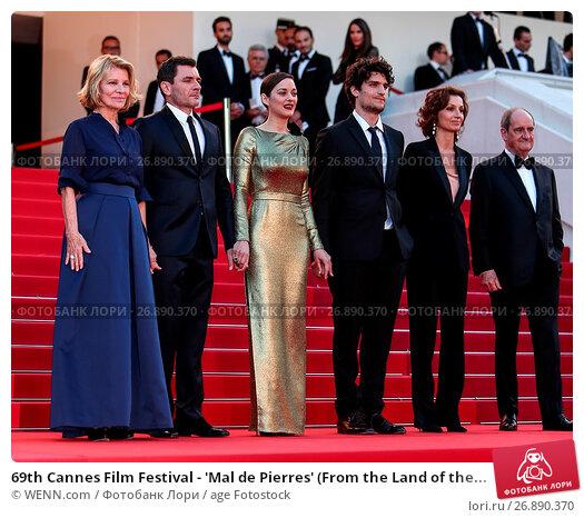 Купить «69th Cannes Film Festival - 'Mal de Pierres' (From the Land of the Moon) - Premiere Featuring: Marion Cotillard, Nicole Garcia, Louis Garrel, Alex Brendemuhl...», фото № 26890370, снято 15 мая 2016 г. (c) age Fotostock / Фотобанк Лори