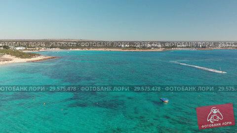 Купить «A fragment of the sea coast near Ayia Napa, Cyprus», видеоролик № 29575478, снято 22 июля 2019 г. (c) Володина Ольга / Фотобанк Лори