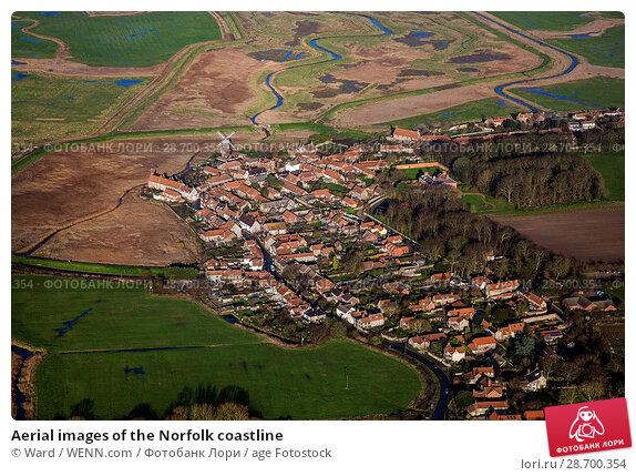 Купить «Aerial images of the Norfolk coastline Featuring: Norfolk coastline Where: Norfolk, United Kingdom When: 27 Aug 2014 Credit: Ward/WENN.com», фото № 28700354, снято 27 августа 2014 г. (c) age Fotostock / Фотобанк Лори