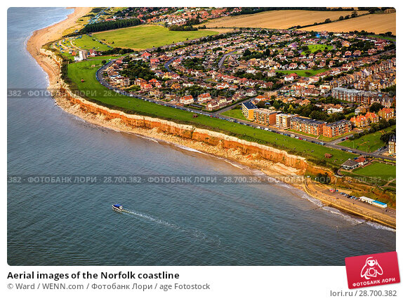 Купить «Aerial images of the Norfolk coastline Featuring: Norfolk coastline Where: Wells Next The Sea, United Kingdom When: 17 Jan 2016 Credit: Ward/WENN.com», фото № 28700382, снято 17 января 2016 г. (c) age Fotostock / Фотобанк Лори