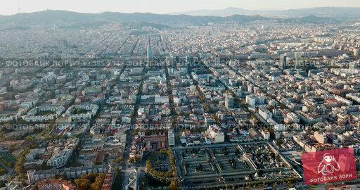 Купить «Aerial view of Mediterranean Sea coast of Barcelona, Spain», видеоролик № 30385734, снято 16 ноября 2018 г. (c) Яков Филимонов / Фотобанк Лори