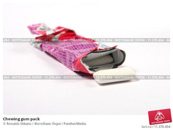 Купить «Chewing gum pack», фото № 11370454, снято 19 августа 2018 г. (c) PantherMedia / Фотобанк Лори