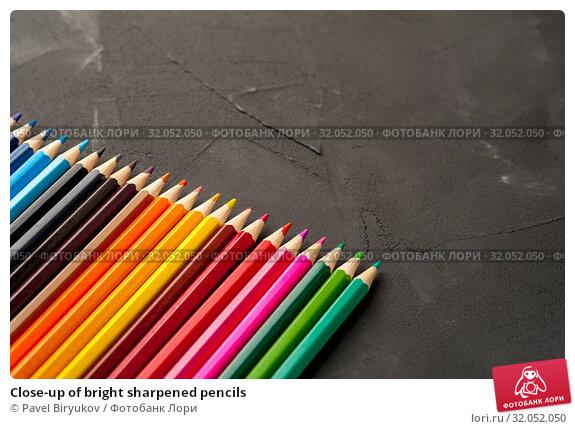 Close-up of bright sharpened pencils. Стоковое фото, фотограф Pavel Biryukov / Фотобанк Лори