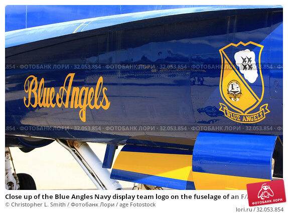 Close up of the Blue Angles Navy display team logo on the fuselage of an F/A-18 Hornet. Стоковое фото, фотограф Christopher L. Smith / age Fotostock / Фотобанк Лори