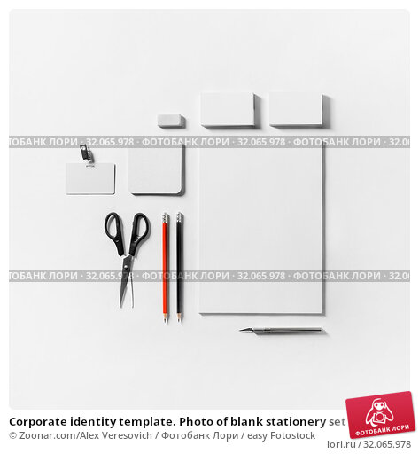 Corporate identity template. Photo of blank stationery set on white paper background. Mockup for design presentations and portfolios. Flat lay. Стоковое фото, фотограф Zoonar.com/Alex Veresovich / easy Fotostock / Фотобанк Лори